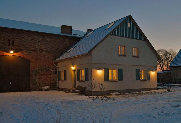 Gutshof Kraatz, Bauernhaus im Winter